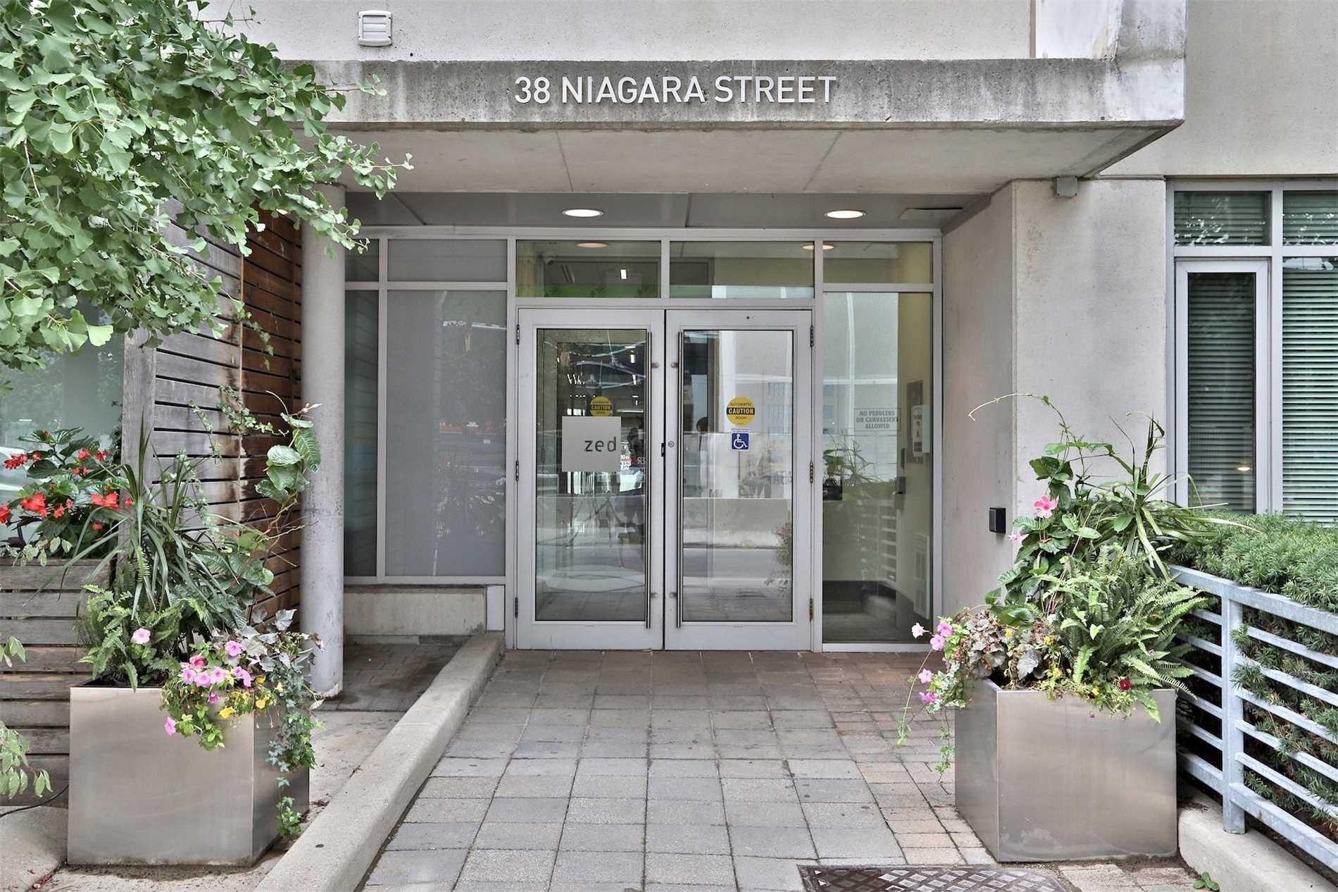 38 Niagara Street, Penthouse #5